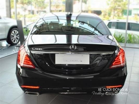 gia-thue-xe-mercedes-s400