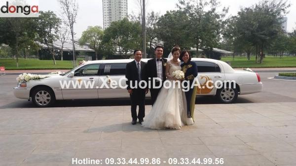 thue-xe-limousine-lincoln-3-khoang